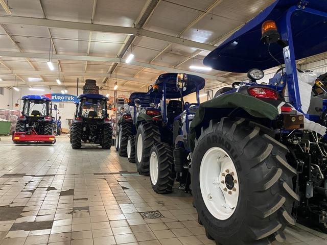 preparation des tracteurs Lovol